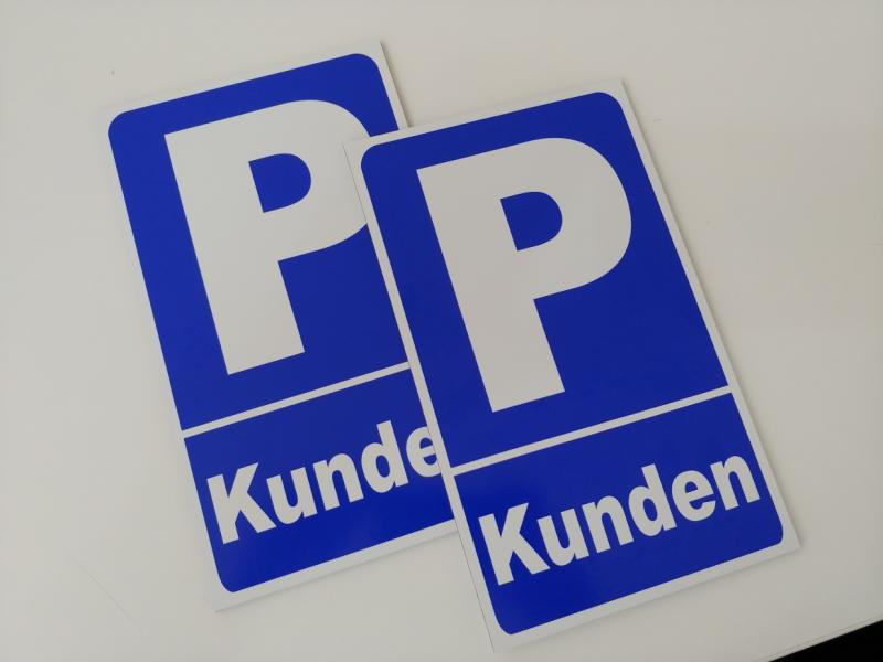 https://www.kennzeichenshop24.de/mediafiles//kunden/Kundenparkplatz_Aluschild1603812344.jpg