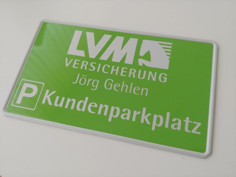 https://www.kennzeichenshop24.de/mediafiles//kunden/Parkplatzschild_Kundenwunsch1603865774.jpg