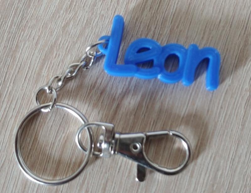 https://www.kennzeichenshop24.de/mediafiles//kunden/Schluesselanhaenger-Name-Leon-blau_1631876309.jpg
